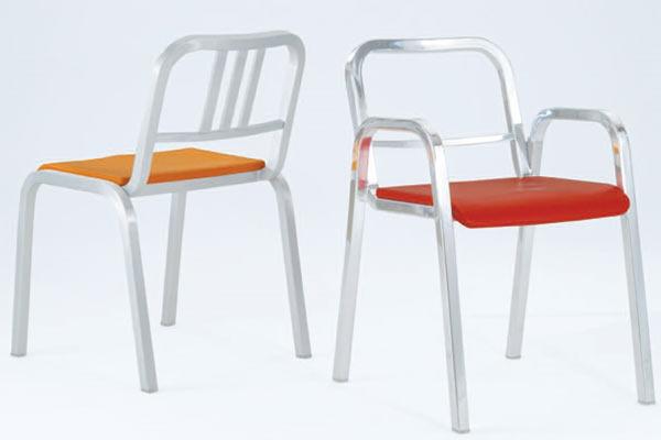 Стулья Emeco — Icon Chair и Emeco — Navy Child's Chair