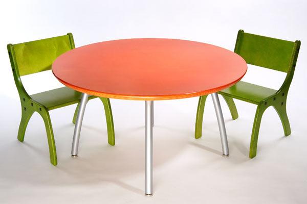 Стол и стулья Knu — Knu Kids Table & Two Chair Set