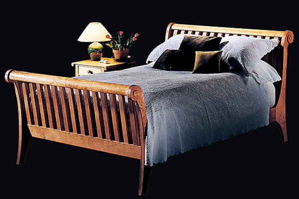 Кровать Shackleton Thomas sleigh bed