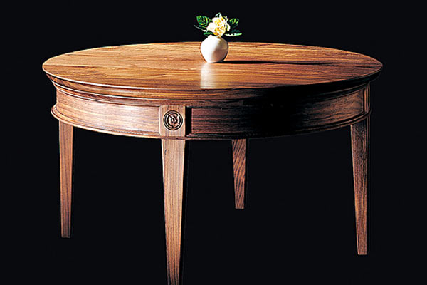 Кофейный столик Shackleton Thomas tuscan tristyn`s coffee table