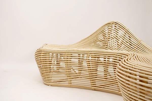 Садовая скамейка Linger из ротанга — от Alvin Tjitrowirjo.