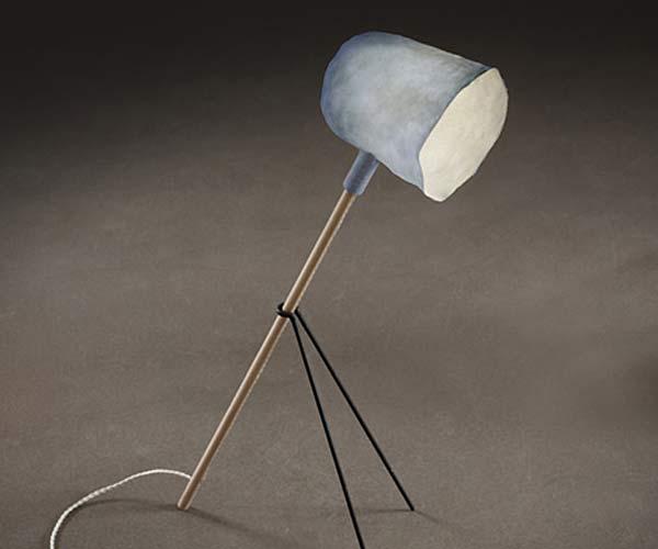 Светильник из материала Zelfo дизайнера Elise Gabriel.
