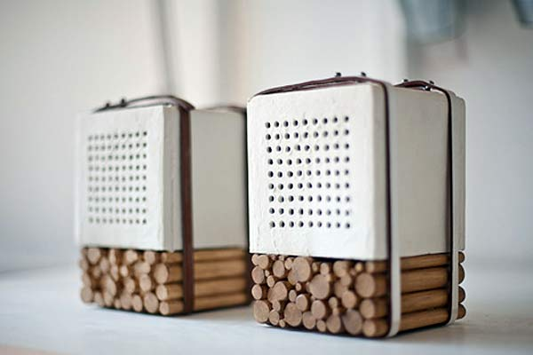 Аудиоколонки Natural Speakers.