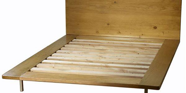 Простая деревянная мебель от Nicole Chiala