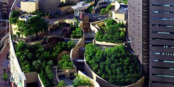 Искусственное озеленение бетонных джунглей в Японии