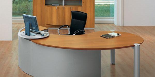 Офис начинается со стола ресепшен — Prestige Executive