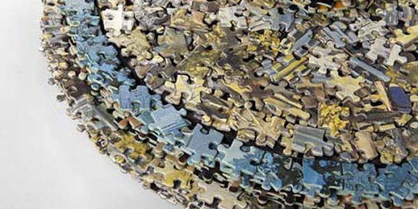 Мебель из пазлов Missing Pieces
