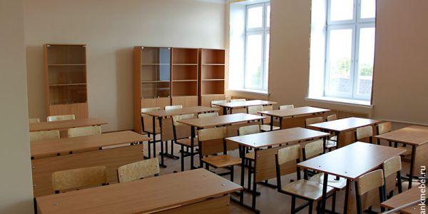 Новая школьная мебель в новой школе