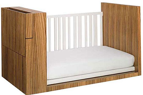 Многофункциональная детская кроватка