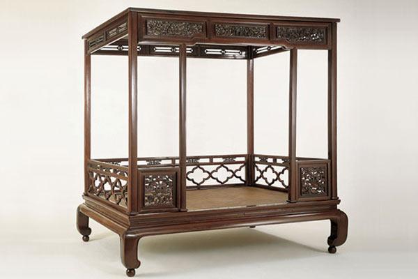Кровать династии Квонг