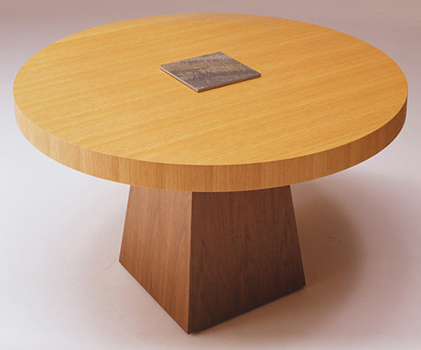 Стол Conde House — Kaji Round Table