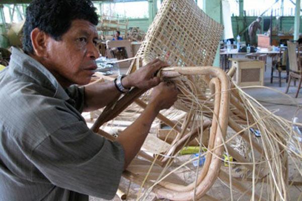 Синтез культур в мебели проекта GUYANA PROJECT