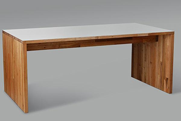 Обеденный стол MASH Studios — Dining Table