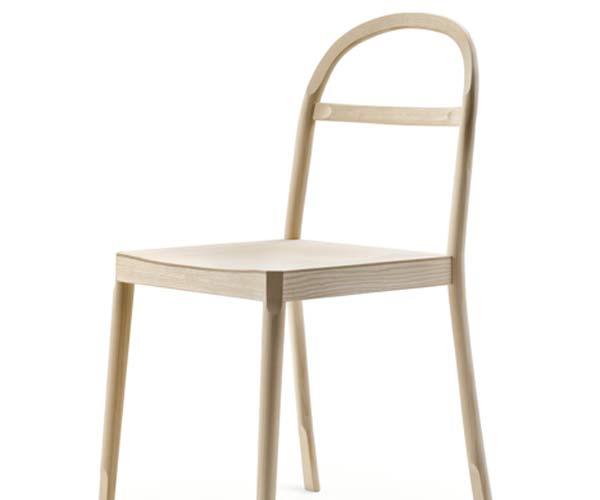 Стул от французского дизайнера Инги Семпё (Inga Sempé).