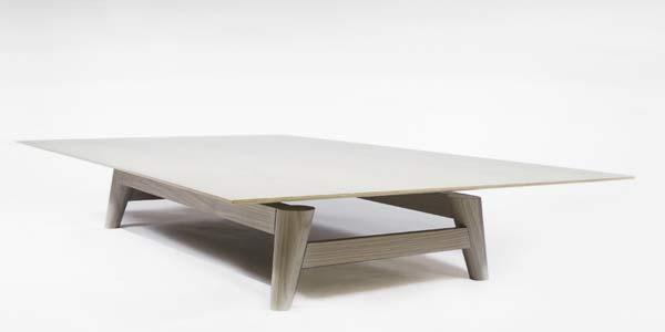 Стол Flight coffee table.