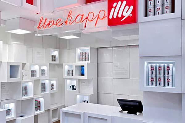 Торговая мебель для мобильных торговых точек Illy Shop.